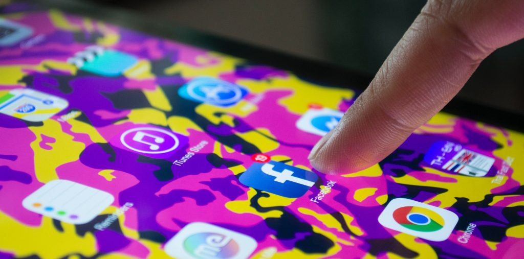 social media helping charities with fundraising